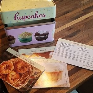 Other - Cup cake recipes in tin